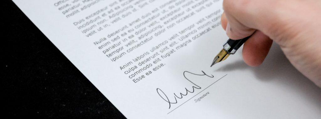 legale contratto